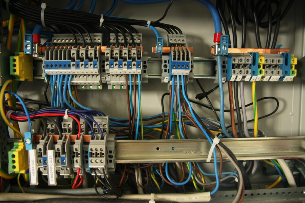 instalacje-elektryczne